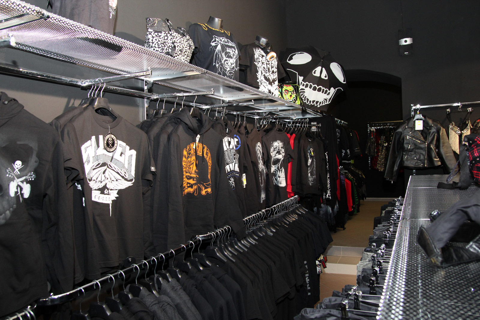 Beautiful Black Metal Shop Ideas - Joshkrajcik.us - joshkrajcik.us